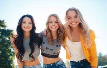 Three Smiling Girls Atlanta GA